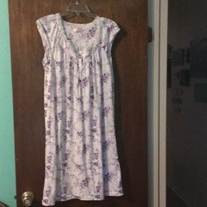 Other - Purple and white nightgown